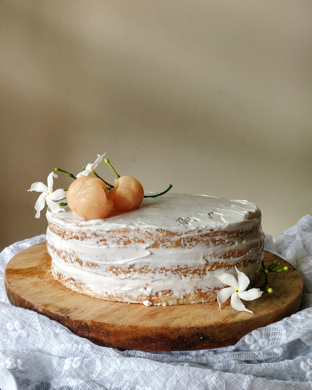 Lychees And Cream Cake Recipe