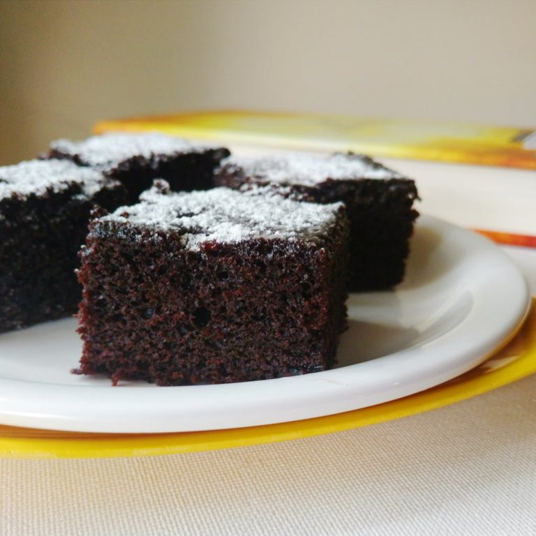 Eggless Chocolate Cake With Oil Recipe