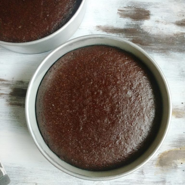 Easy One Bowl Eggless Chocolate Cake Flours Frostings